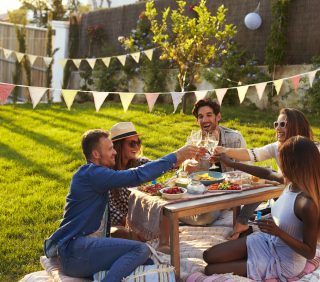 How to Keep Your Lawn Green in the Summer